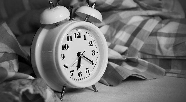 ¿Por qué nos cuesta tanto dormir bien en verano?